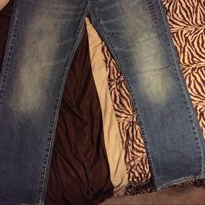 Men's American Eagle denim jeans.
